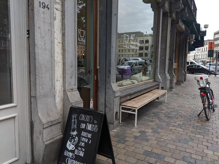 MOK: Brussels Best Coffee Shop & Roastery